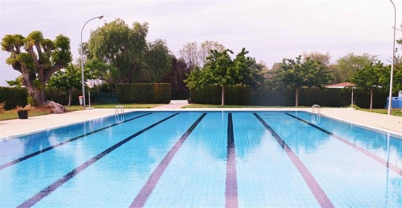 este dissabte obrin les piscines del poliesportiu